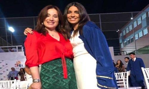 ابنة كارين رزق الله تفاجئ المتابعين بصورة تظهر مفاتنها
