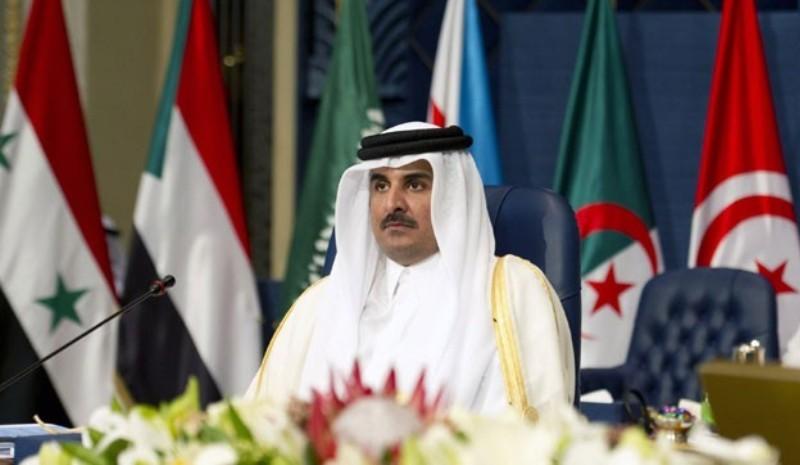 أمير قطر وصل الجزائر في زيارة رسمية