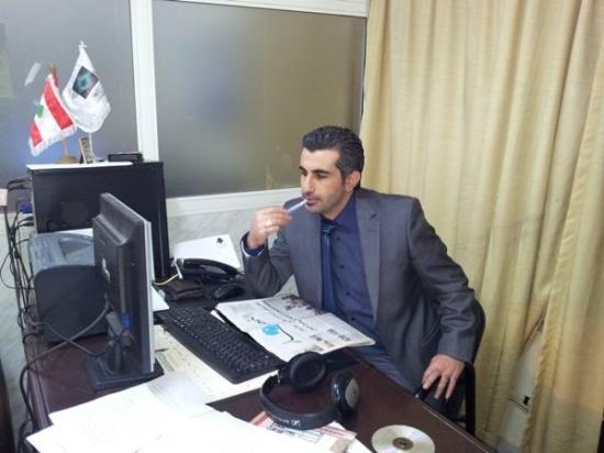 برسم كل صحافي مختص: حسين شمص