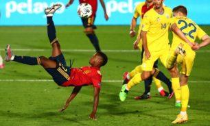 لاعب برشلونة الشاب فاتي يدخل تاريخ إسبانيا بهدف رائع
