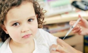 مرض السكر عند الأطفال قد يسبب إصابتهم بالاكتئاب والقلق