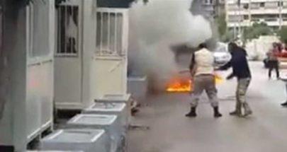 """بالفيديو: أحرق نفسه أمام """"الضمان الإجتماعي"""""""