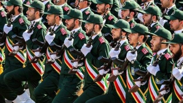 قائد في الحرس الثوري الايراني: خامنئي هو من أمر سليماني بالذهاب لسوريا وحماية الأسد من السقوط