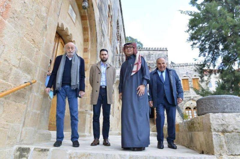 لماذا تنشط الرياض (أخيرًا) في لبنان