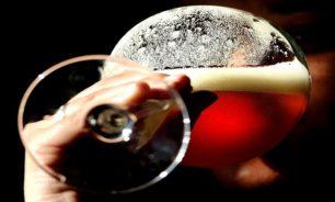 علماء يرصدون العلاقة بين تعاطي الكحول وخطر الإصابة بالسرطان