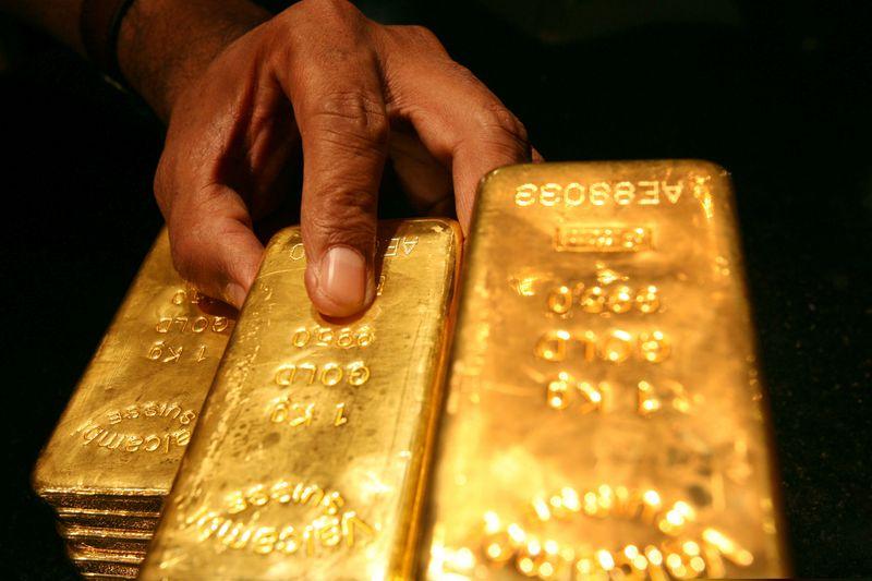 الذهب يتجه لرابع مكسب أسبوعي