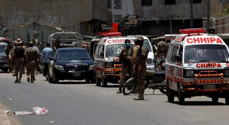 مقتل 27 مواطناً وإصابة العشرات إثر إصطدام حافلة ركاب وعربة مقطورة في باكستان