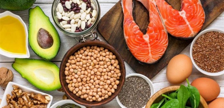 """5 فوائد للأطعمة الغنية بـ""""أوميغا 3"""".. تعرّف إليها"""