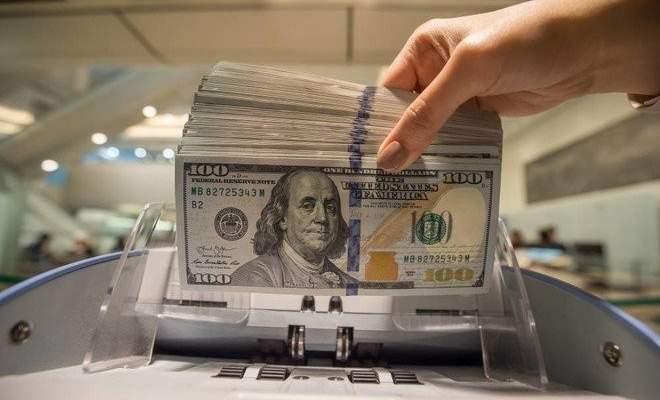 انخفاض سعر صرف الدولار في السوق السوداء إلى ما دون الـ18 ألف ليرة
