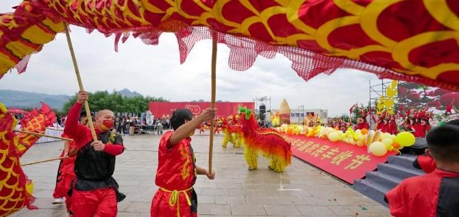 مقاطعة خبي تحتفل بمهرجان الحصاد